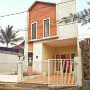 Ruma Baru Bangunan 2 Lantai Siap Huni Jl. Kemang Raya Cilodong (22649935) di Kota Depok