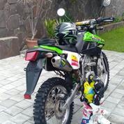 Motor Klx 2018 Motorcross, Lengkap Dgn Pakaian.