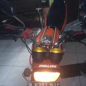 Yamaha Scorpio Orange