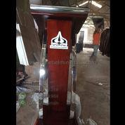 Paling Laris Podium Minimalis Jati Stainless Steel Maroon Glossy (22734803) di Kab. Sidoarjo