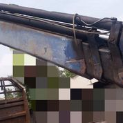 Crane Fassi Model F160 Kapasitas Maksimum 7,2 Ton (22757115) di Kota Jakarta Timur