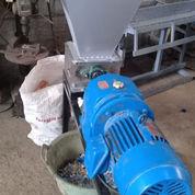 Mesin Pencacah Kain Dan Plastik (22822379) di Kab. Bantul