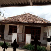 Rumah Heri Dekat Bandara Soekarno Hatta (22872159) di Kota Tangerang Selatan
