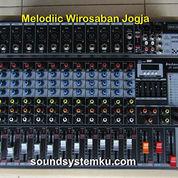 Mixer Betavo 12 Channel