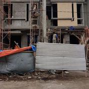 On Progress Rumah SHM+IMB 2 Lantai Mulyosari Utara Bergaya Modern Minimalis