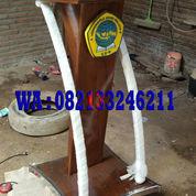Podium Minimalis Kayu Jati Solid Bingkai Stainless Order Universitas Ngudi Waluyo Semarang (22930947) di Kab. Jepara