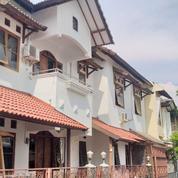RUMAH MEGAH BANGUNAN KOKOH DALAM PERUMAHAN SURYO ASRI JOGJA (22975047) di Kota Yogyakarta