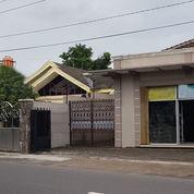 Rumah Besar 466m2 & Tempat Usaha Di Sumber Surakarta