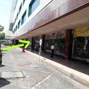 Murah Stan Di Jembatan Merah Plaza Lokasi Sangat Strategis (22989427) di Kota Surabaya