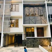 Rumah Lux Dalem Cluster Pinggir Jalan Raya (23017299) di Kota Jakarta Selatan