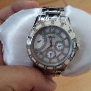 Jam Tangan Guess Silver (2308590) di Kota Tangerang Selatan