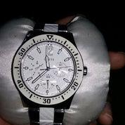 Jam Tangan Guess (2308715) di Kota Tangerang Selatan