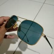 Kacamata Hitam Hugo Boss Original Lengkap Dengan Sarung (23093243) di Kota Jakarta Barat