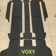 Karpet Mobil Toyota Voxy