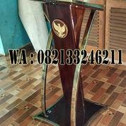 Model Podium Minimalis Bingkai Stainless Stell Gold Logo Garuda (23132315) di Kab. Jepara