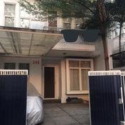 Rumah Siap Huni 3 Lantai Dalam Komplek Di Tebet Jakarta Selatan