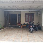 Town House Siap Huni D Kelapa Tiga Lenteng Agung Jakarta Selatan