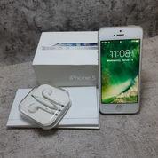IPhone 5 16GB Full Set ORIGINAL (Garansi Ex. International)
