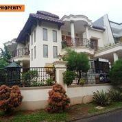 Rumah Dekat Kolam Renang Citra Gran Cibubur (23157395) di Kota Bogor