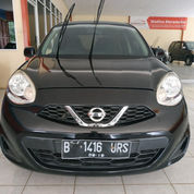 Nissan March 1.2 AT 2015