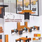 Meja Kantor Ichiko (23191903) di Kota Jakarta Selatan
