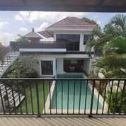 Villa Mewah Dikawasan Umalas Kerobokan Dkt Seminyak Batubelig Canggu