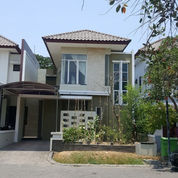 Rumah Semi Furnish Royal Park Strategis Dekat Club House (23197691) di Kota Surabaya
