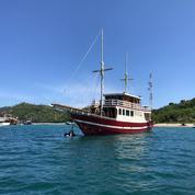 Kapal Semi Phinisi - Labuan Bajo