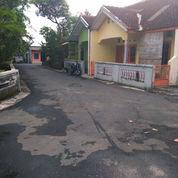 Tanah Murah Dalam Ringroad Barat, Uitara Jalan Godean Km 4 Lebar Depan 11 M,Sangat Strategis (23230299) di Kota Yogyakarta