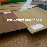 Vinyl Sistem Klik LG Decotile Untuk Lantai Motif Kayu