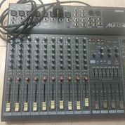 Mixer Yamaha Mc 12/4