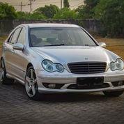 Mobil Mercedes W203 C240