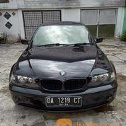 Mobil BMW Tahun 2004 Masih Mulus Jarang Dipakai