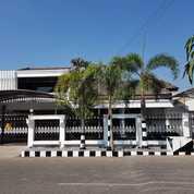 Rumah Semi Furnish Di Kutisari Indah Utara, ROW 4 Mobil (23293495) di Kota Surabaya