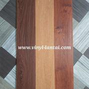 Vinyl Plank Taco Tebal 3mm Untuk Lantai