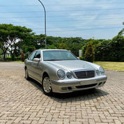 E240 ELEGANCE At 2002 Miles 9rb COLLECTOR ITEM FULL ORI The Best W210