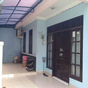 Rumah Dekat Pintu Tol Cibubur (23430895) di Kota Bekasi