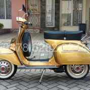 Vespa Sprint 1972 Gold Series (Rare Colour)
