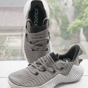 Sepatu Training Adidas Alphabounce Trainer