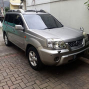 Nissan Xtrail Xtt 2.5 A/T Bgs 2003 Abu2 Met Cat Ori