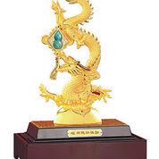 Pajangan Naga Lapis Emas Patung Naga Large C05 Hadiah Premium