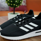 Adidas Sepatu Running Run 70s Black