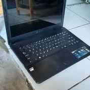 Laptop Asus 452e AMD E1 - 2500 1,4Ghz 2cpu Ram DDR3 2gb - HDD 500 Gb Vga Radeon HD 8200 Layar LED 14 (23528023) di Kab. Tangerang