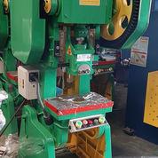 Mesin Pon 25 Ton Baru (23533687) di Curug