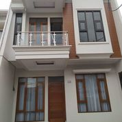 Rumah Mewah Pinggir Jl Raya Jagakarsa Siap Huny (23537695) di Kota Jakarta Selatan