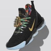 Sepatu Nike LeBron 16 Watch The Throne