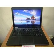 LAPTOP DELL E7250 CORE I5 SSD 256 RAM 8 BLACKLIGHT SLIM RINGAN