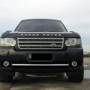 Range Rover Vogue 2012 5.0 Supercharged Black On Beige Low KM Perfect