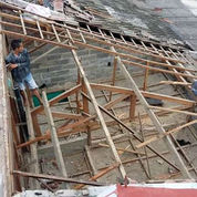 Baja Ringan Dan Renovasi (23606475) di Ciputat