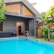 Rumah Mewah Kolam Renang Jogja Dekat Kraton Dan Alkid (23654703) di Kota Yogyakarta